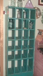 PRIMITIVE CUBBY ORGANIZER SHELF DISTRESSED AQUA